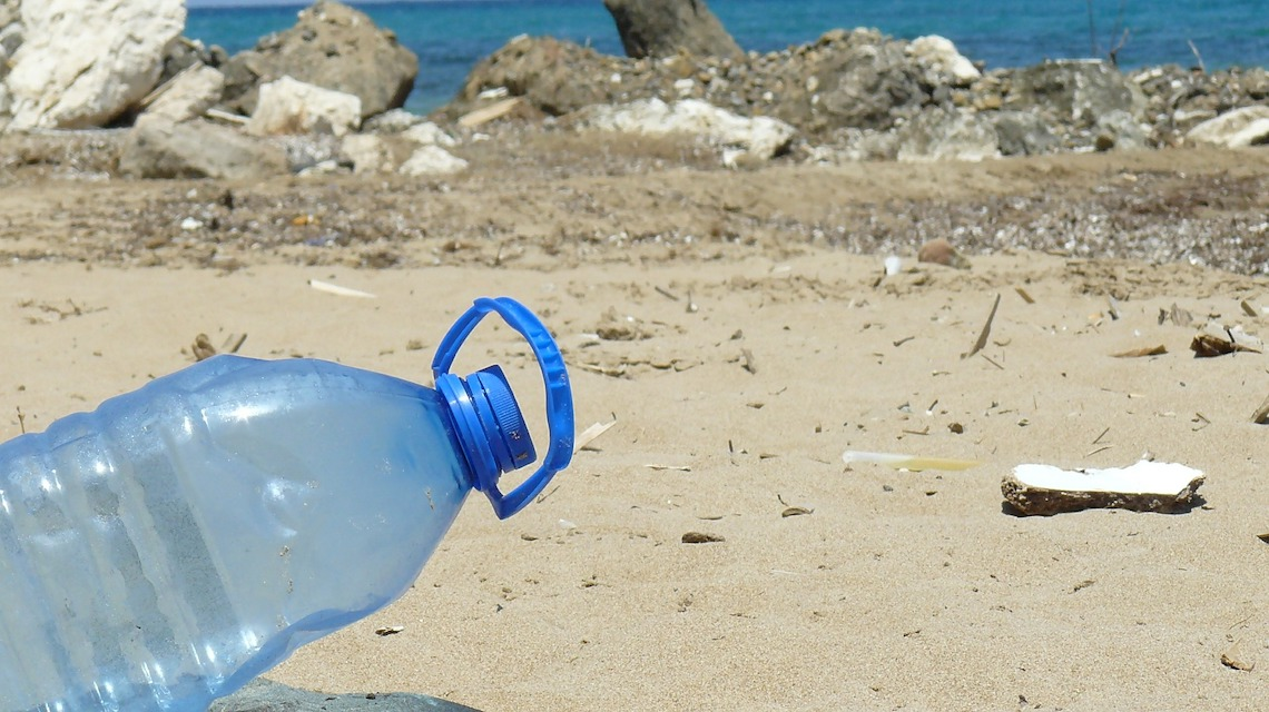 Plastic pollution the real enemy – Not plastic bags